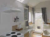 Studio 2 - Kitchen dining area